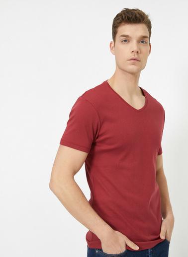 Koton V Yaka Likrali Esnek Kumasli Slim Fit T-Shirt Bordo